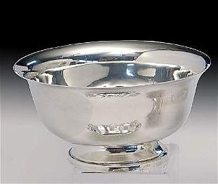 American sterling silver bowl in the Pau