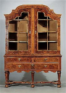 484: Dutch inlaid walnut vitrine late18th/ear