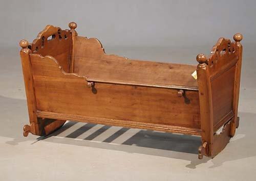 470: English walnut baby cradle early 19th century