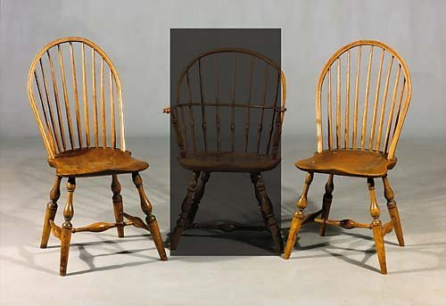472: Pair Windsor oak and maple side chairs early 19th