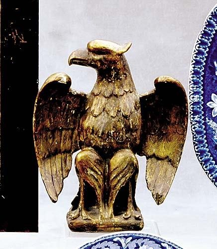 520: American giltwood eagle ornament