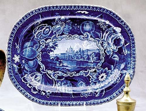 523: English Historical blue-and-white platter, by Hale