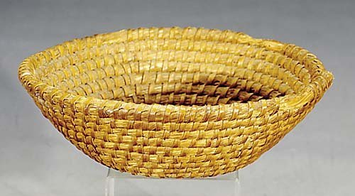 404: Gullah sweetgrass basket late 19th century round c