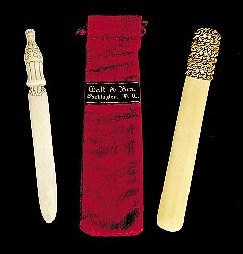 417: Ivory page knife and letter opener knife with gold