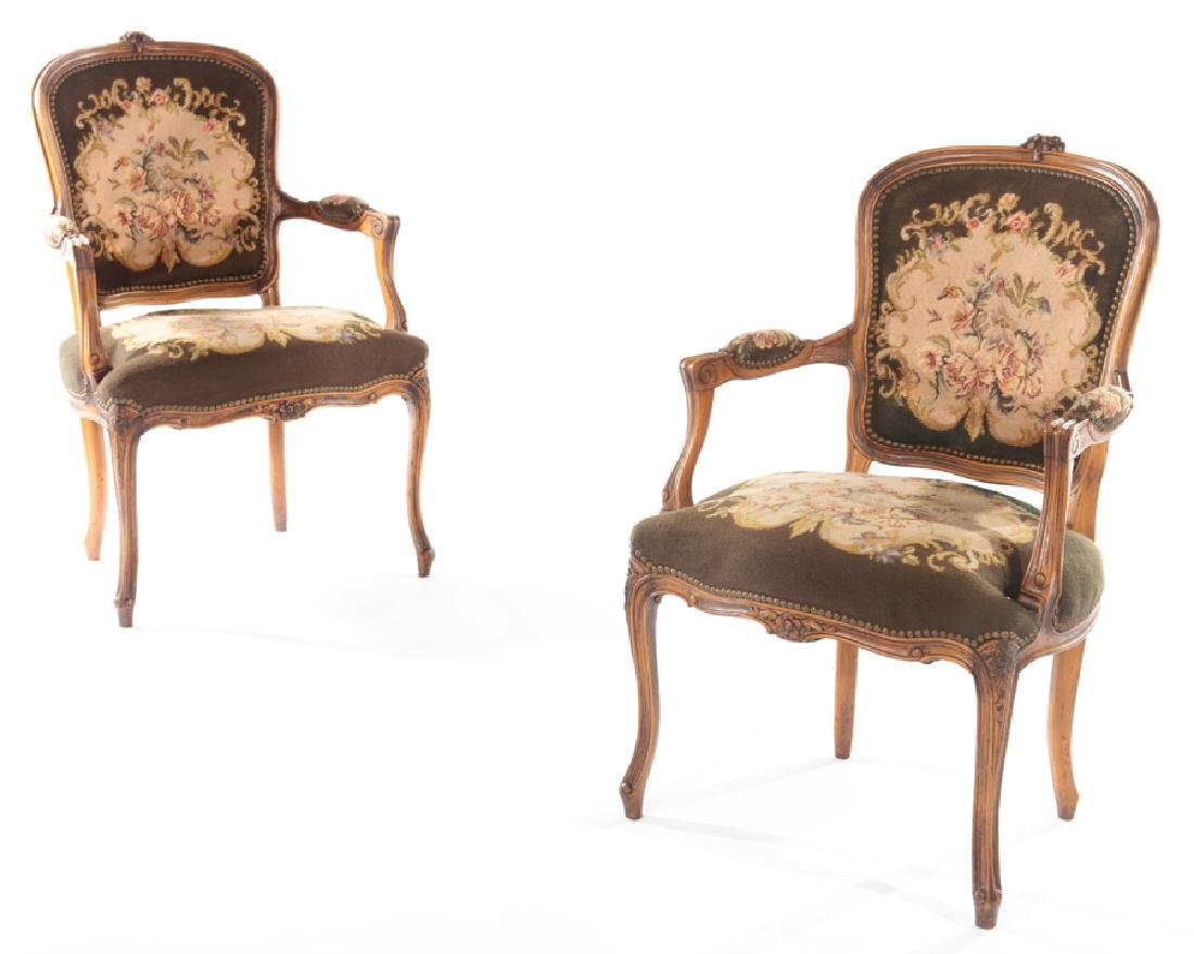 PR LOUIS XVI UPHOLSTERED ARM CHAIRS 1940