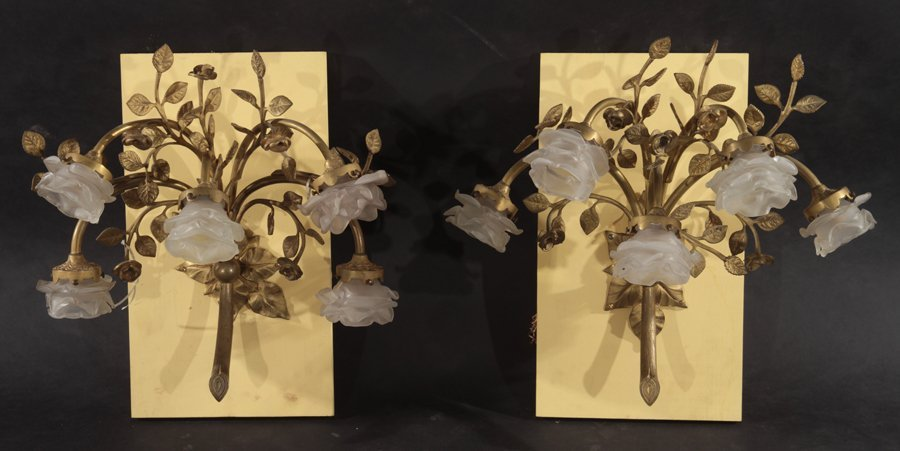 PAIR OF BRONZE FLORAL AND LEAF DECORATED SCONCES
