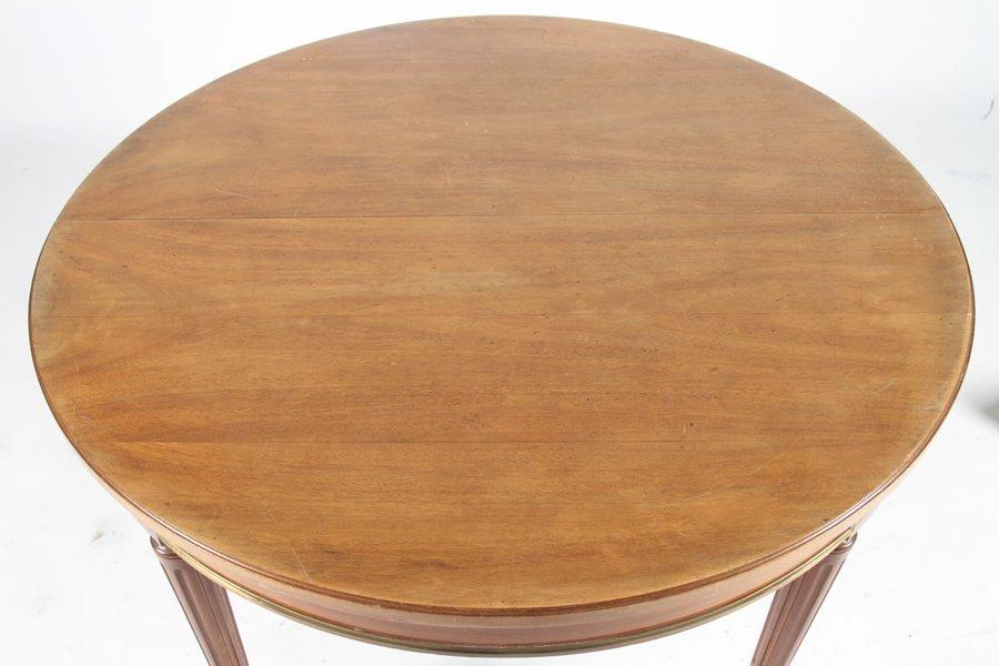 ROUND MAHOGANY LOUIS XVI STYLE DINING TABLE C1940 - 2
