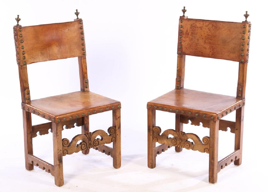 PAIR OF 20TH CENTURY CONTINENTAL SIDE CHAIRS
