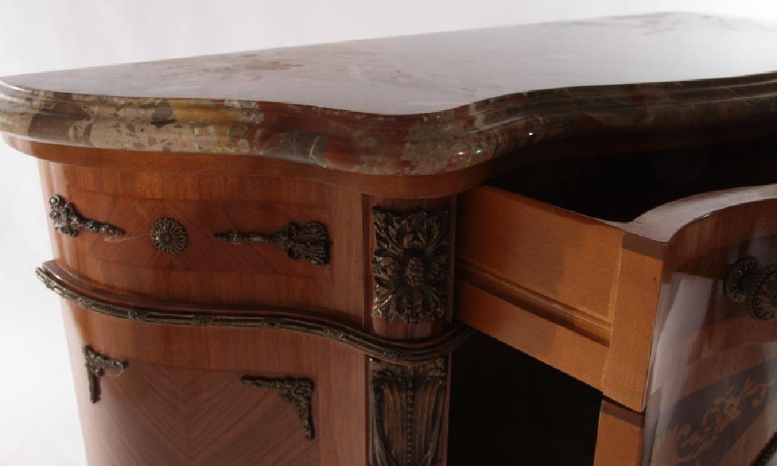 SERPENTINE FRONT CABINET SHAPED MARBLE TOP - 4