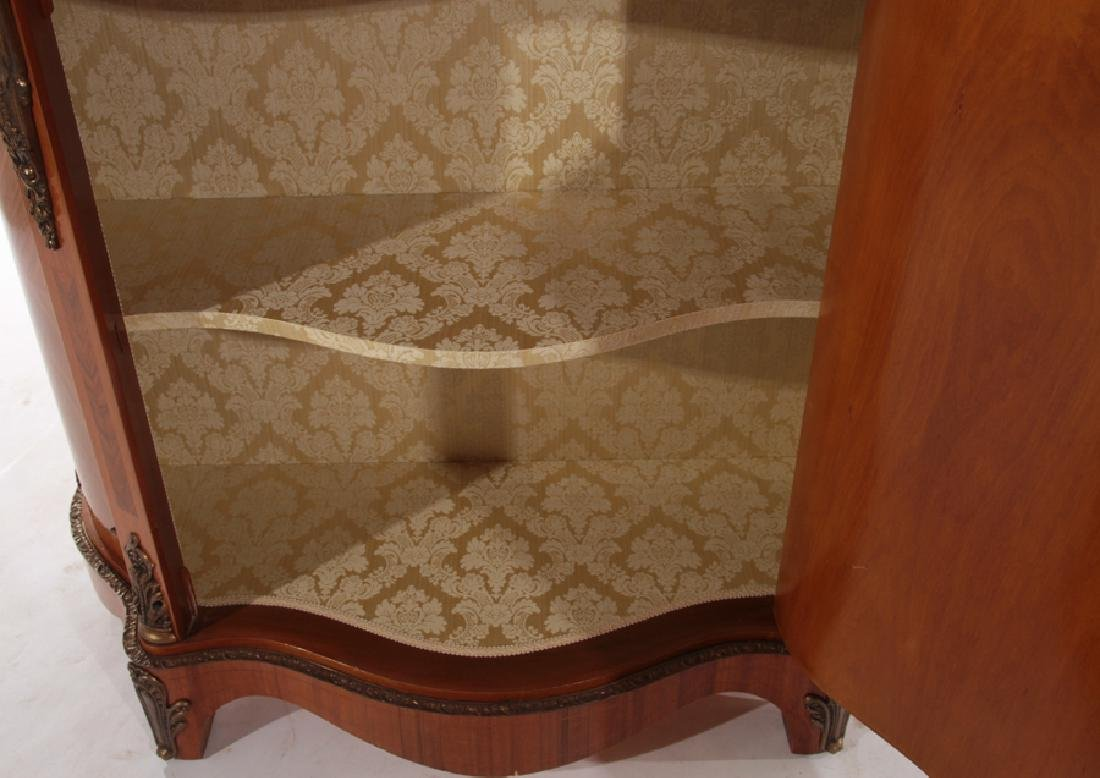 SERPENTINE FRONT CABINET SHAPED MARBLE TOP - 6