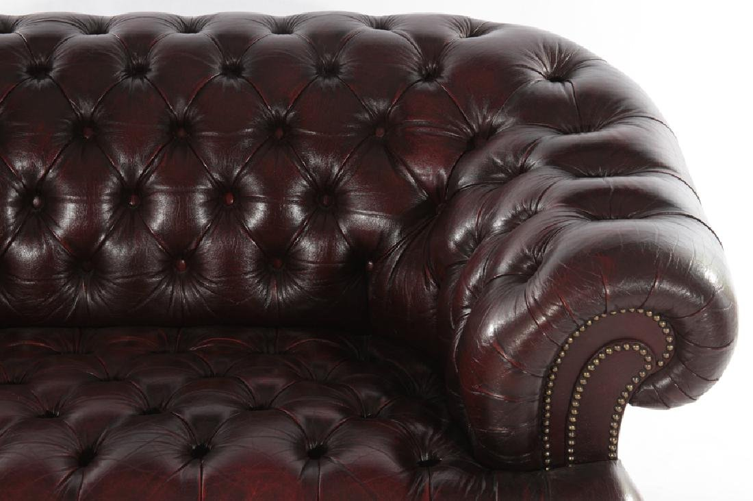 LEATHER CHESTERFIELD STYLE SETTEE C.1950 - 3