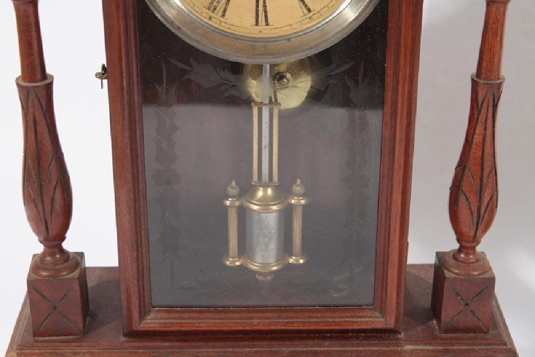 TWO AMERICAN MANTLE CLOCKS CIRCA 1920 - 3