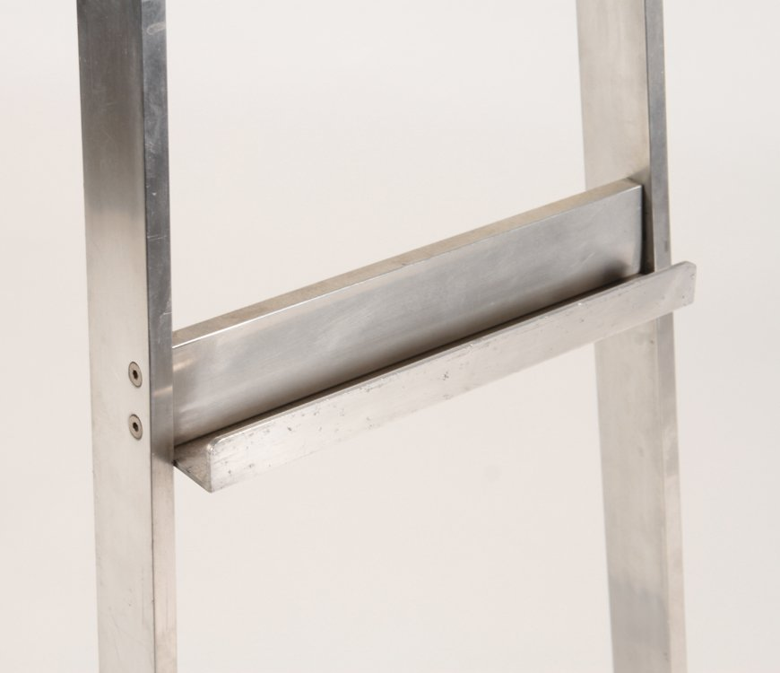 ALUMINUM HAIRPIN FORM EASEL - 3