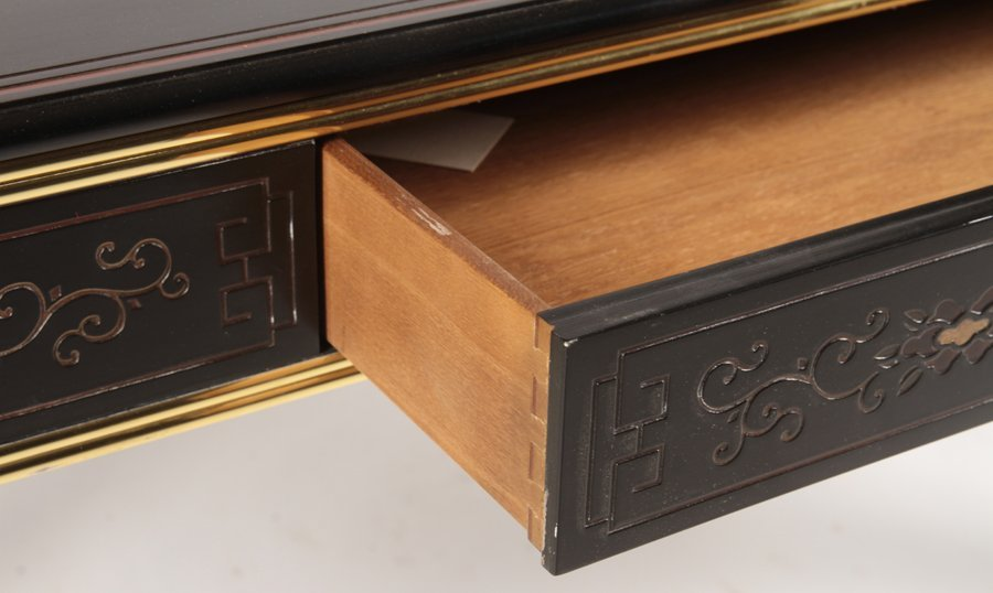 CHINOISERIE AND BRASS CONSOLE TABLE - 6
