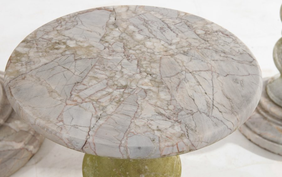 MARBLE GARDEN SET OF ROUND TABLE AND 4 STOOLS - 5