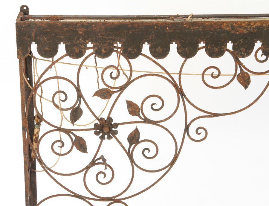 COLLECTION 4 WROUGHT IRON GARDEN ELEMENTS C.1940 - 3