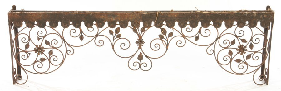 COLLECTION 4 WROUGHT IRON GARDEN ELEMENTS C.1940 - 5