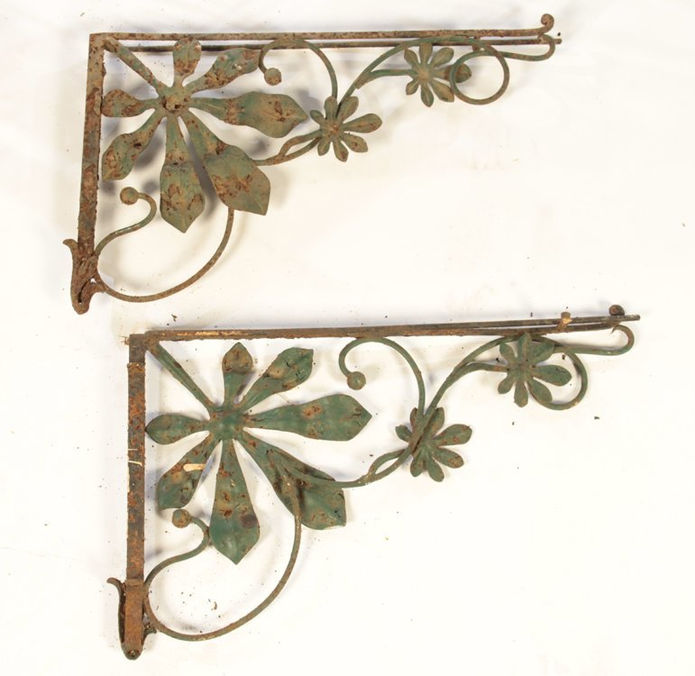 COLLECTION 4 WROUGHT IRON GARDEN ELEMENTS C.1940 - 8