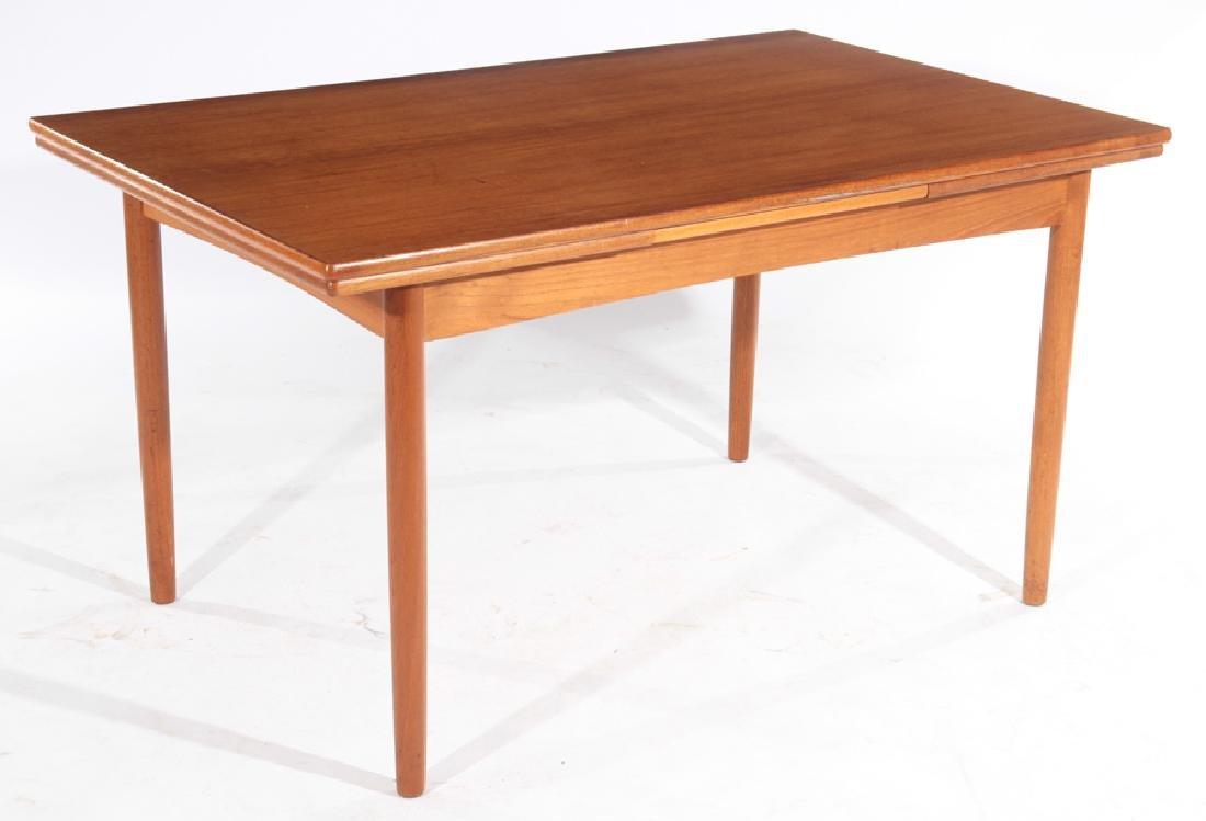 MID CENTURY MODERN TEAK DINING TABLE C.1960