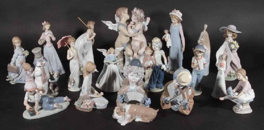 19 LLADRO PORCELAIN FIGURINES