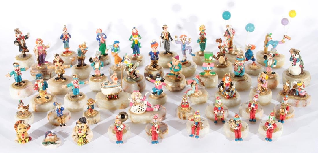 49 RON LEE POLYCHROMED CLOWN FIGURINES