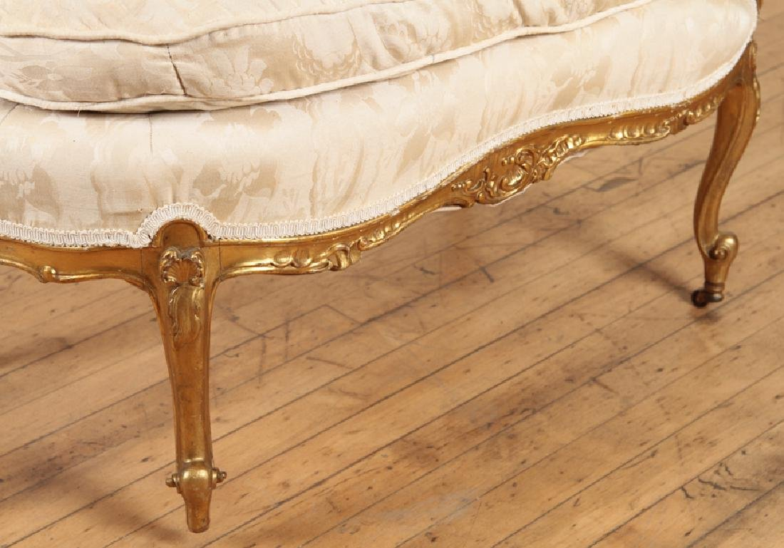 19TH CENT. GILTWOOD CARVED LOUIS XV CHAISE LOUNGE - 5