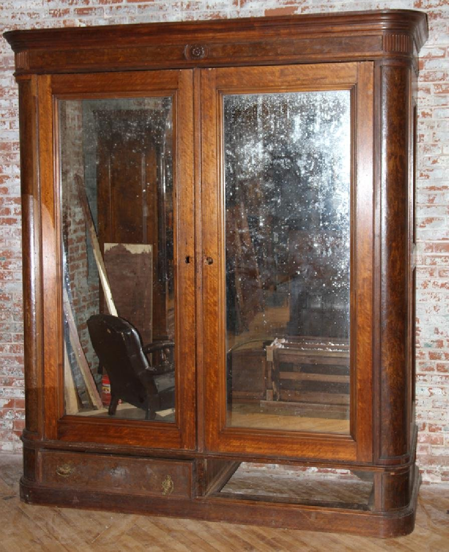 LARGE AMERICAN VICTORIAN WALNUT ARMOIRE C. 1870