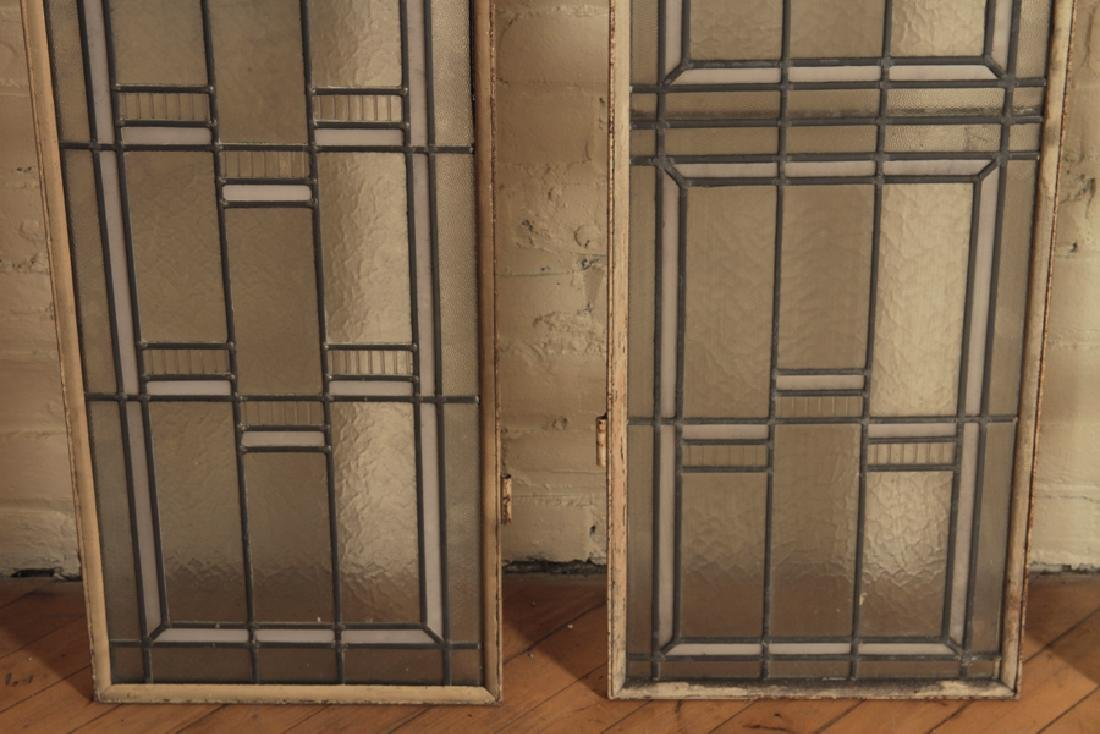 SET 4 LEADED GLASS WINDOWS IN IRON FRAMES - 3