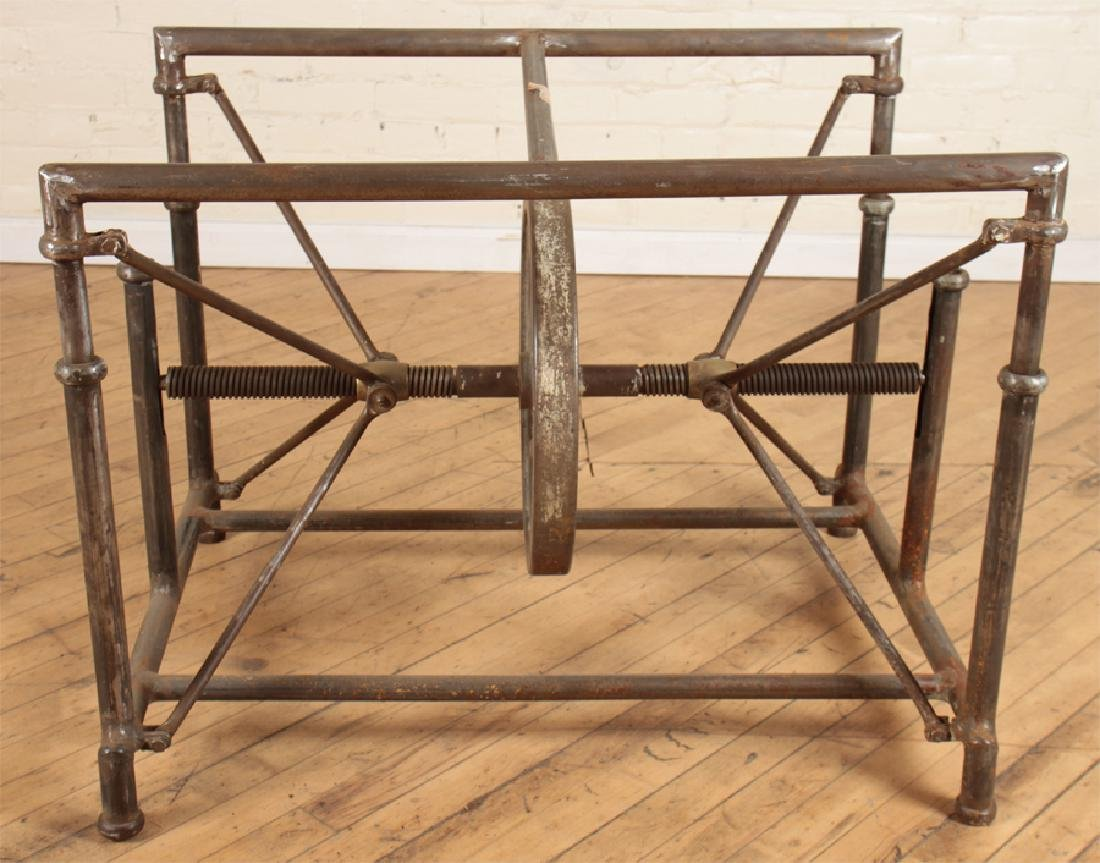 INDUSTRIAL MECHANICAL IRON TABLE - 2