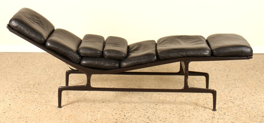 LABELED CHARLES EAMES/HERMAN MILLER LOUNGE CHAIR - 2