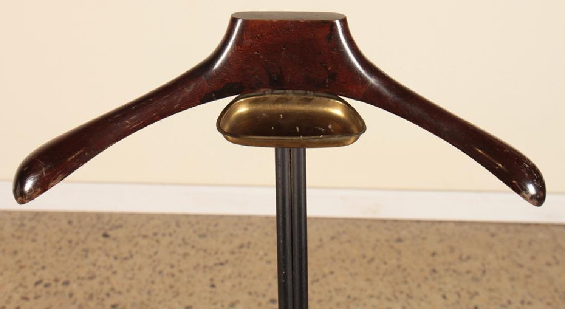 ITALIAN METAL AND BRASS VALET STAND CIRCA 1960 - 3