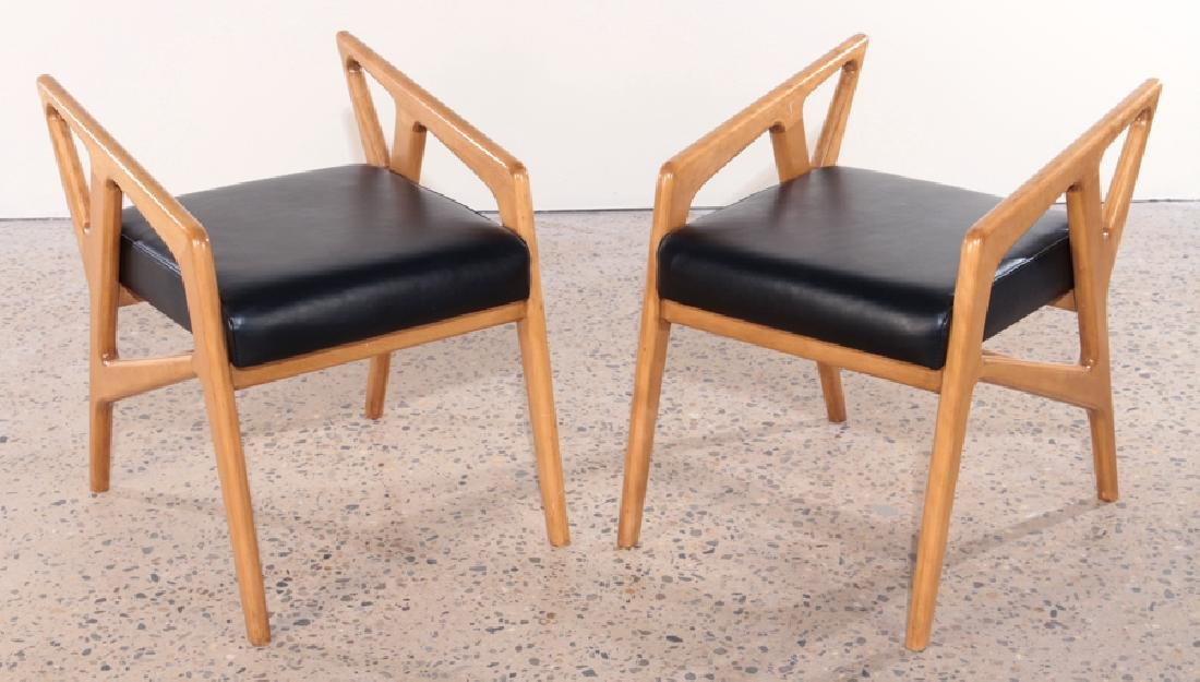 WALNUT STOOLS IN MANNER OF GIO PONTI