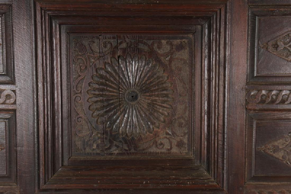 ANTIQUE CARVED OAK PANELS 18TH CENTURY - 3