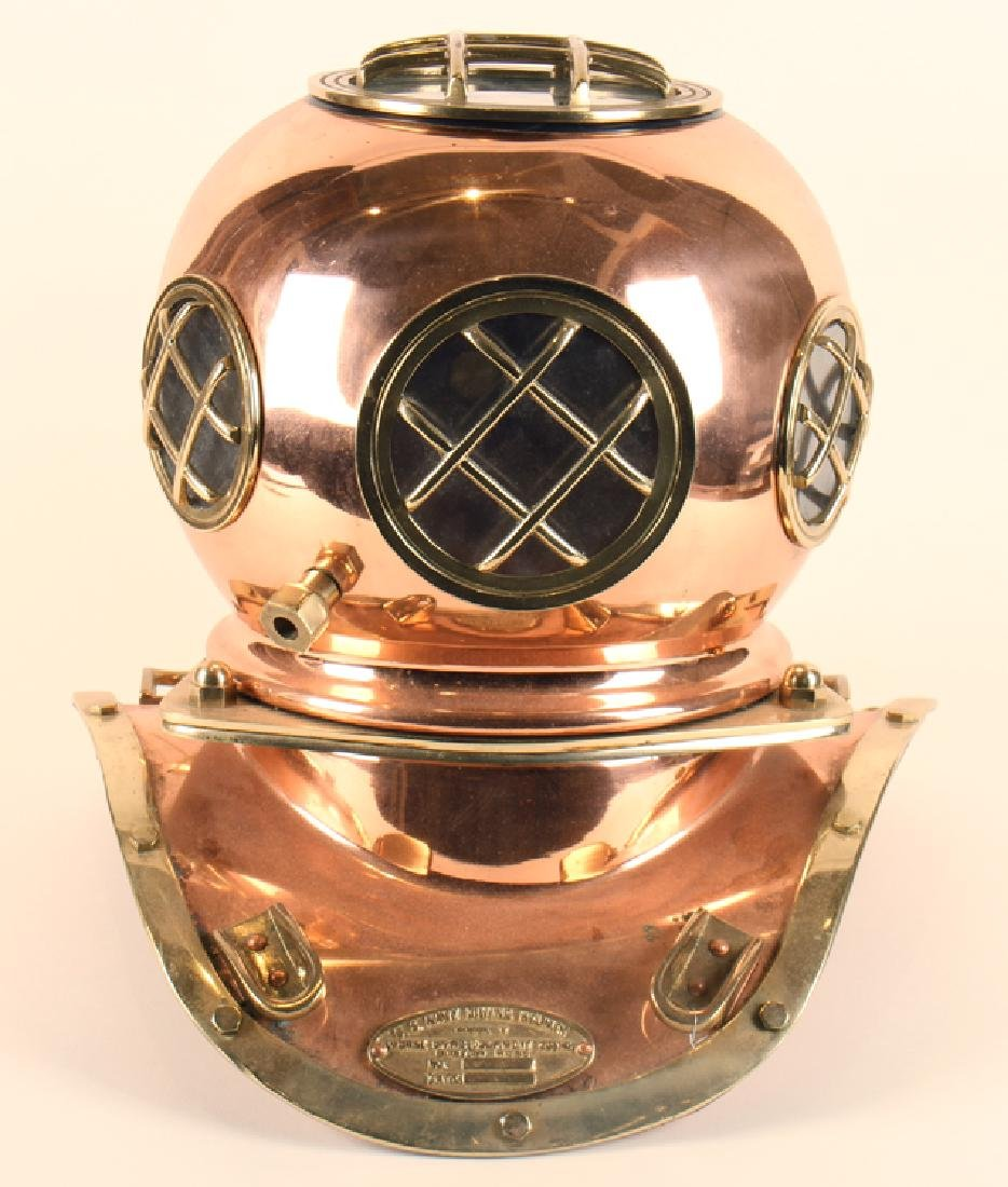BRASS AND COPPER DIVER'S HELMET U.S. NAVY DIVING