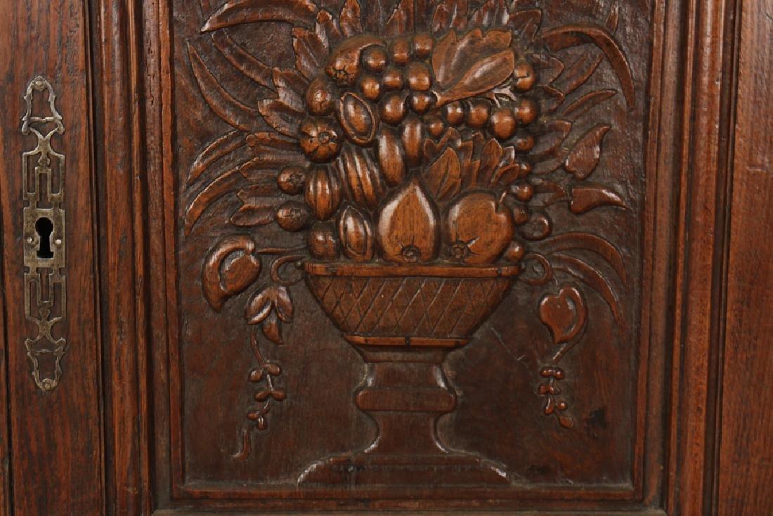 A  PAIR OF CARVED MAHOGANY DOORS CIRCA 1870. - 3