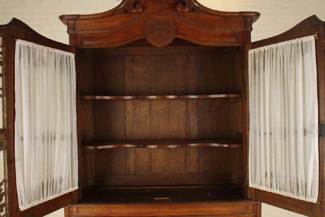 19TH CENT. CARVED OAK FRENCH BUFFET DEUX CORPS - 4