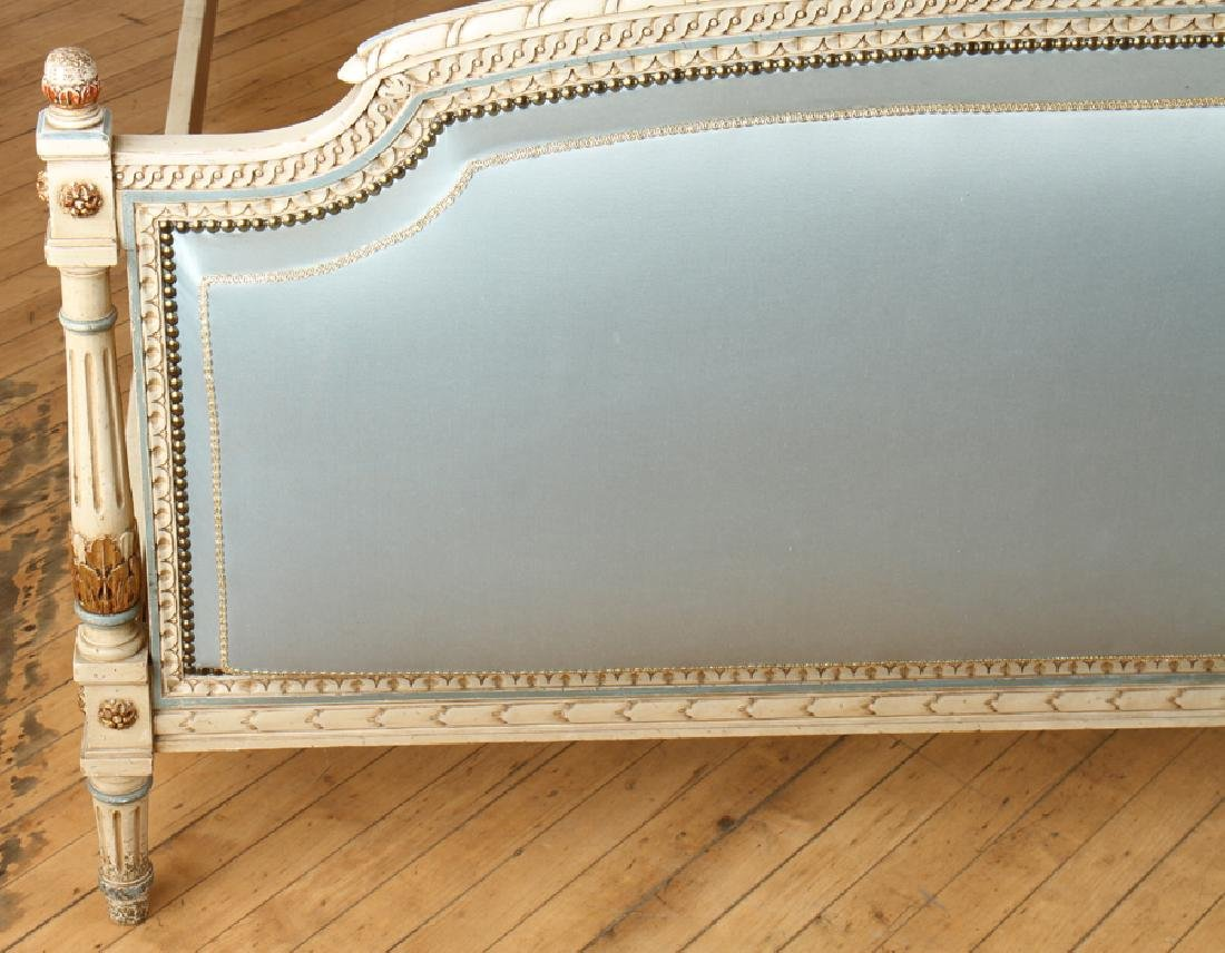 ITALIAN PAINTED AND POLYCHROMED BED C. 1950 - 5