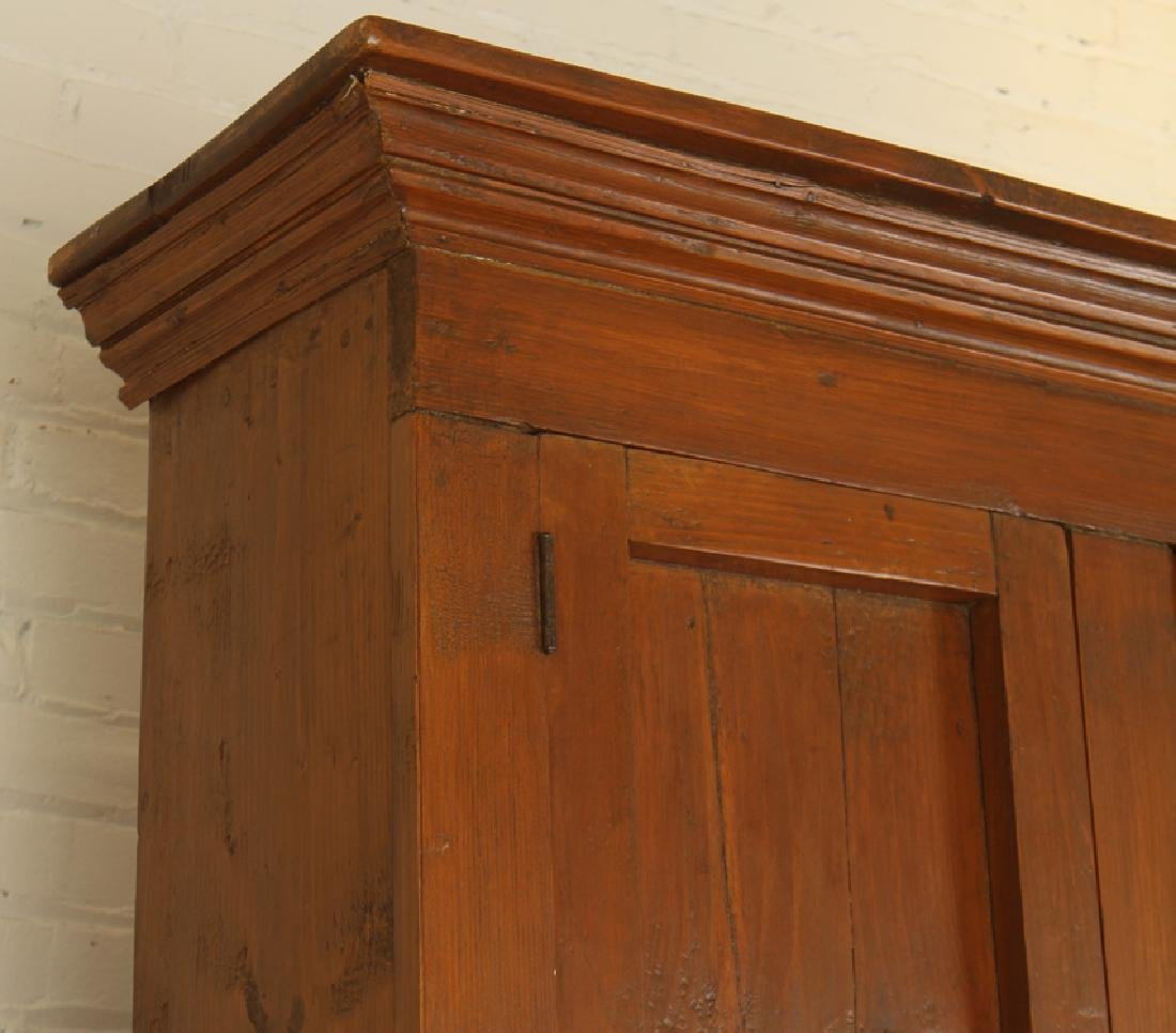 A 19TH CENTURY OAK COUNTRY CABINET - 2