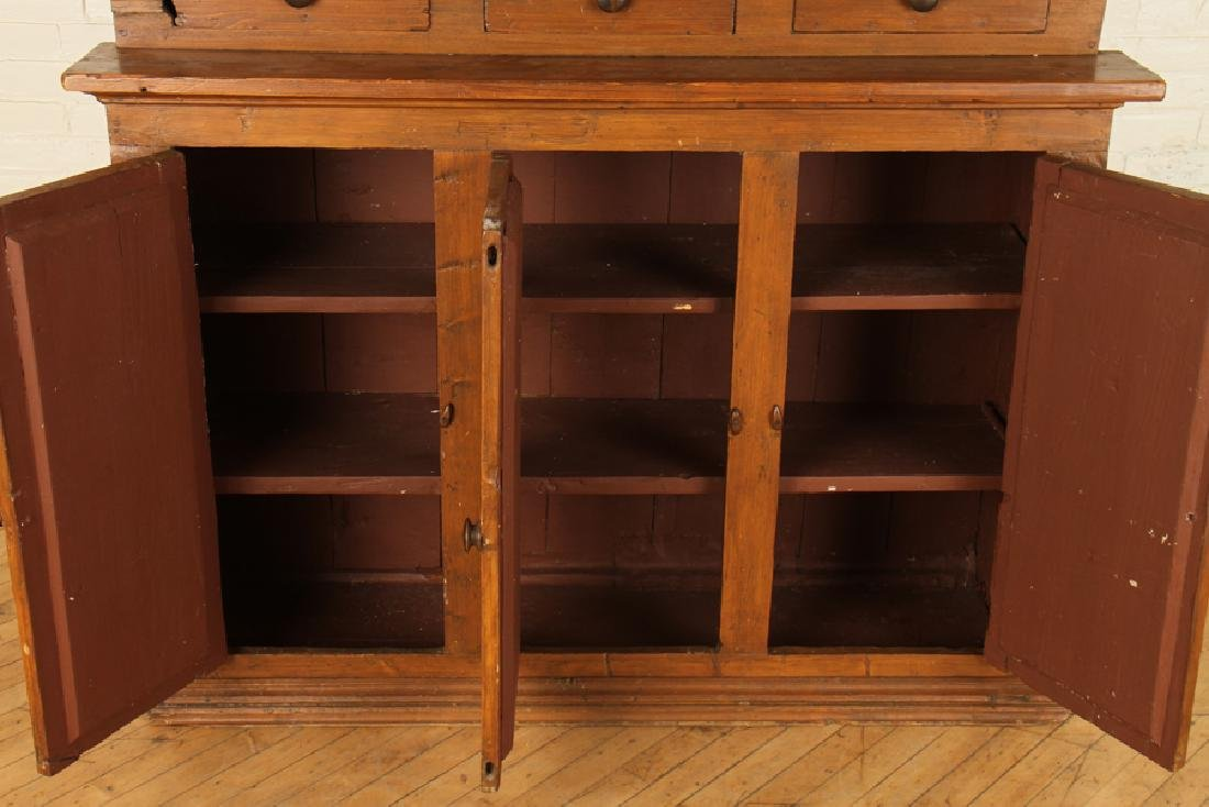 A 19TH CENTURY OAK COUNTRY CABINET - 5