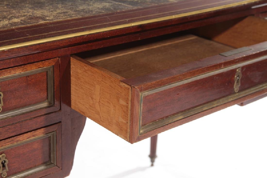19TH CENT. FRENCH DIRECTOIRE STYLE MAHOGANY DESK - 4