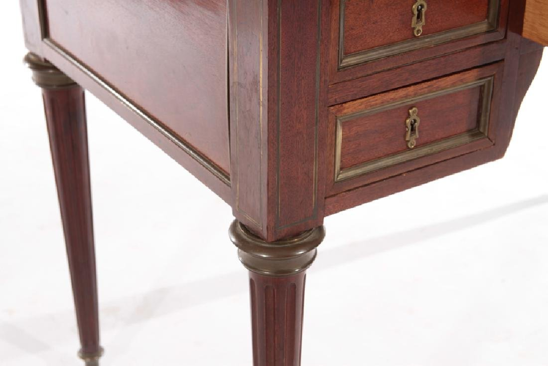 19TH CENT. FRENCH DIRECTOIRE STYLE MAHOGANY DESK - 5