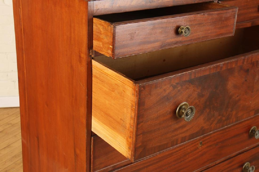 19TH C. WALNUT CHEST OF DRAWERS ON SHAPED BASE - 4