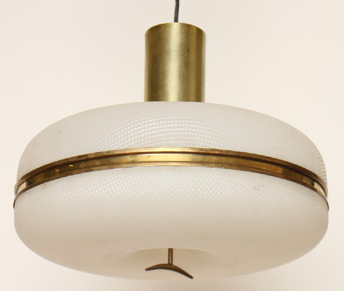 MID CENTURY MODERN PLASTIC HANGING LAMP C. 1960