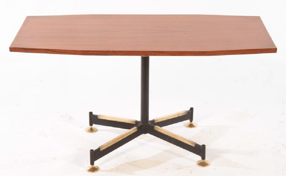 MID CENTURY MODERN MAHOGANY COFFEE TABLE C.1970