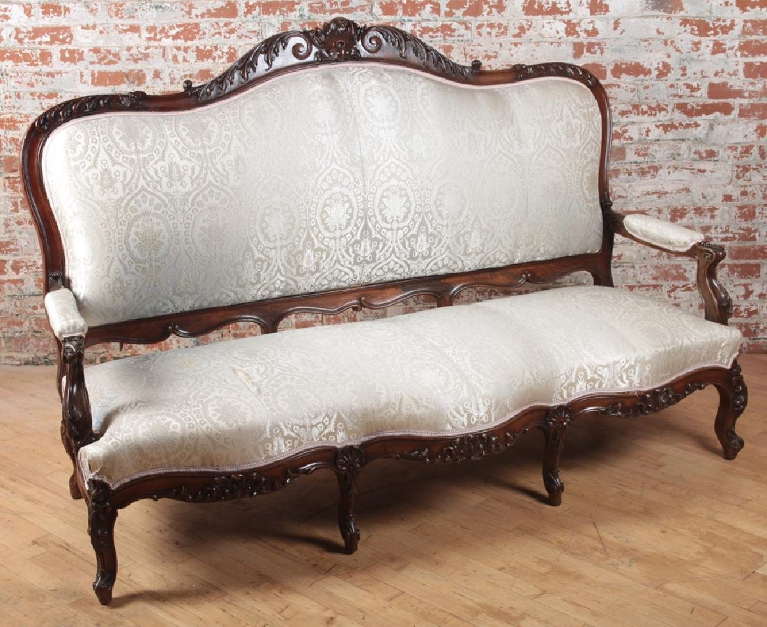 HEAVILY CARVED AMERICAN VICTORIAN ROSEWOOD SOFA - 2