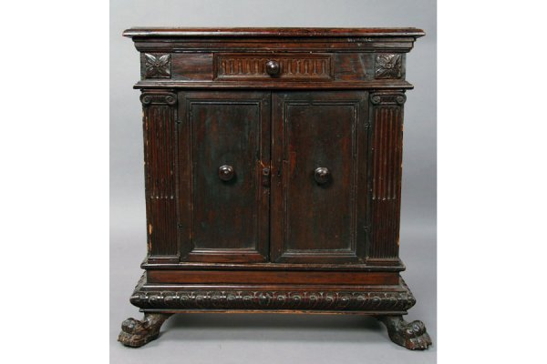 9: 18th century and later Italian cabinet.