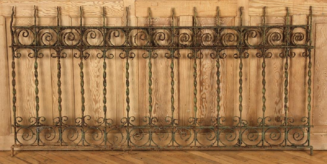 5 PIECES VICTORIAN WROUGHT IRON FENCING - 4