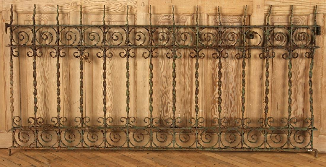 5 PIECES VICTORIAN WROUGHT IRON FENCING - 5