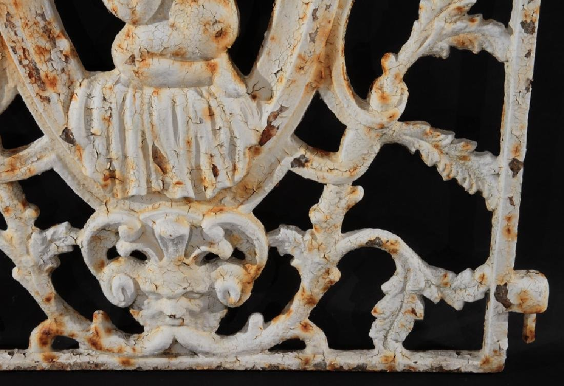 19TH CENTURY PAINTED CAST IRON GATE - 4