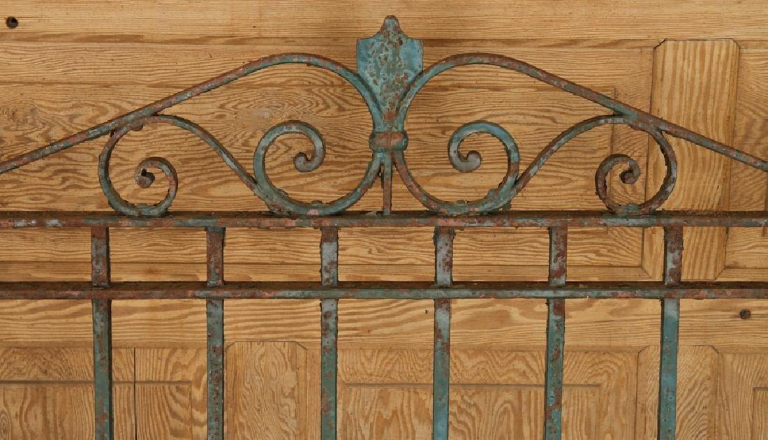 SINGLE WROUGHT IRON GATE CIRCA 1900 - 2